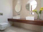 Ensuite bath room master Bedroom
