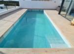 Large Swimmingpool Villa Tee_03