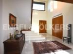 exclusive-luxury-villa-in-albir-entry