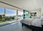spectacular-and-exclusive-villa-in-la-nucía--view-main-bedroom