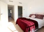 galeria-memoria-calidades-el-pinar-adosados-sierra-cortina-dormitorio-principal-2-es-jpg-1